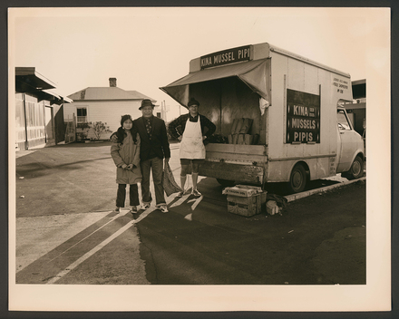 Tony Burrows, The Mussel Man, Ponsonby