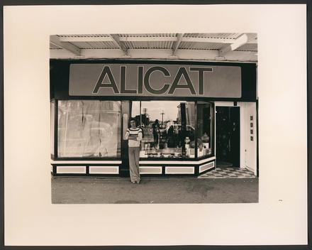 Peter Sinclair, Alicat, Jervois Road