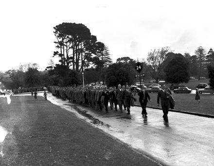 Ex-servicemen pay homage, Auckland Domain.
