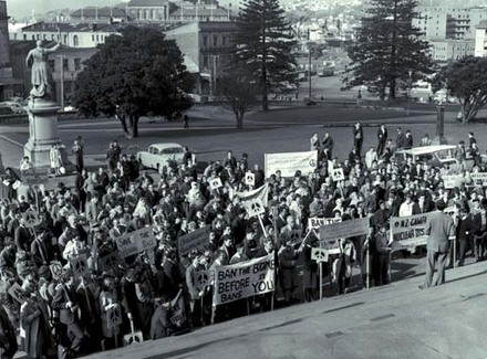 Campaign for Nuclear Disarmament parade on Parliament, 1962.