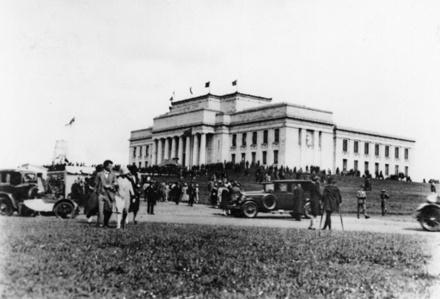 [Opening of the Auckland War Memorial Museum]