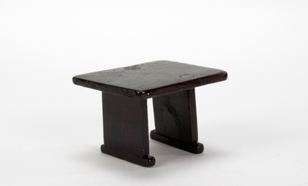 table, doll's