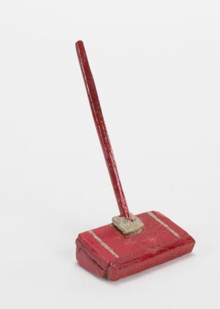 carpet sweeper, doll's