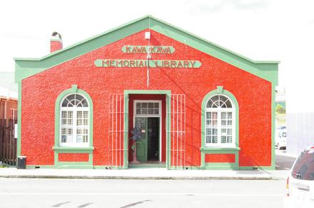 Kawakawa Memorial Library, now Kawakawa Museum (photo John Halpin 2010) - CC BY John Halpin