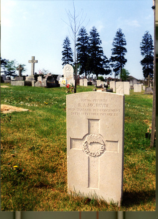 Headstone, Plymouth (Efford) Cemetery (photo Mrs Kyle 2000) - No known copyright restrictions