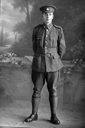 Full length portrait of Sergeant C Hally. (Photographer: Herman Schmidt, 1916). Sir George Grey Special Collections, Auckland Libraries, 31-H531. No known copyright.